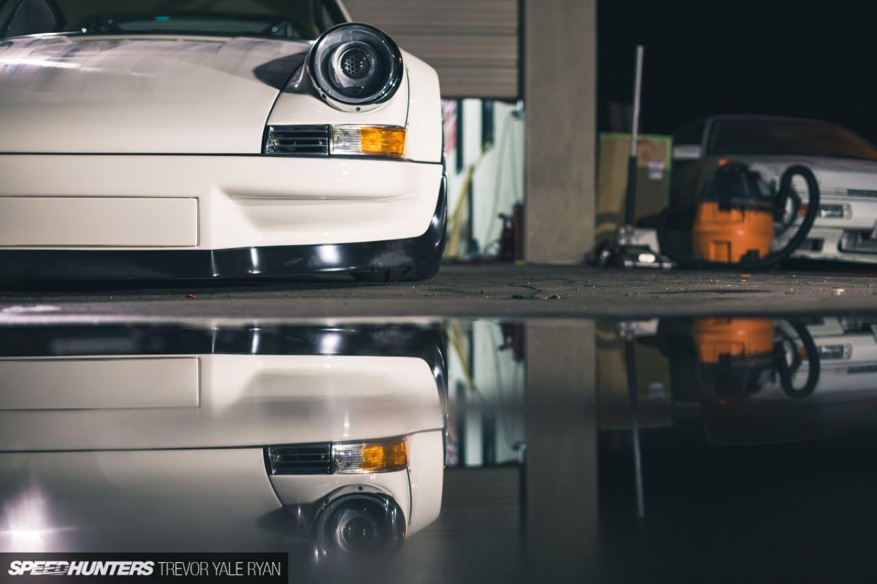 Porsche 911 E-RWB par Street Fighter LA : Quand RWB rencontre Tesla ! 2
