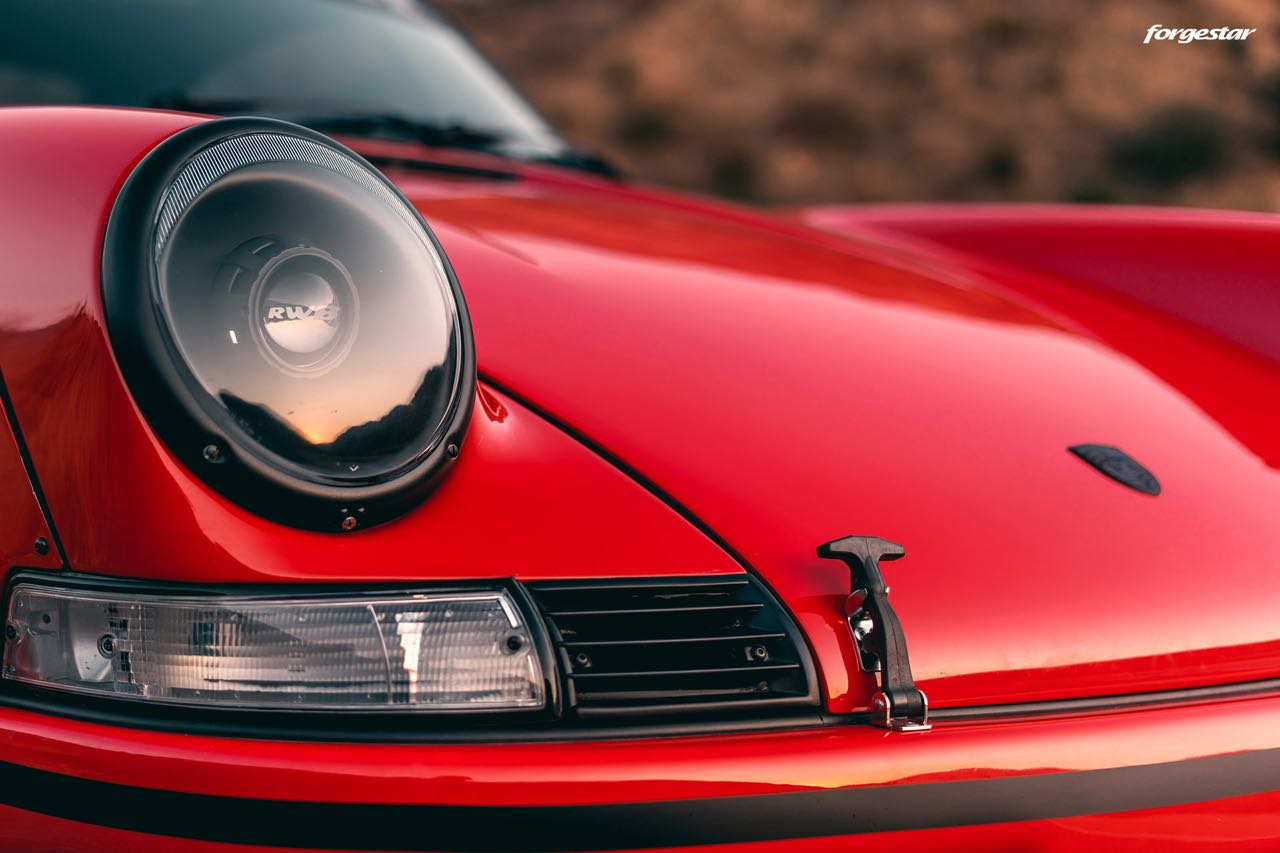 Porsche 911 RWB Backdated... Le rouge et le noir ! 6