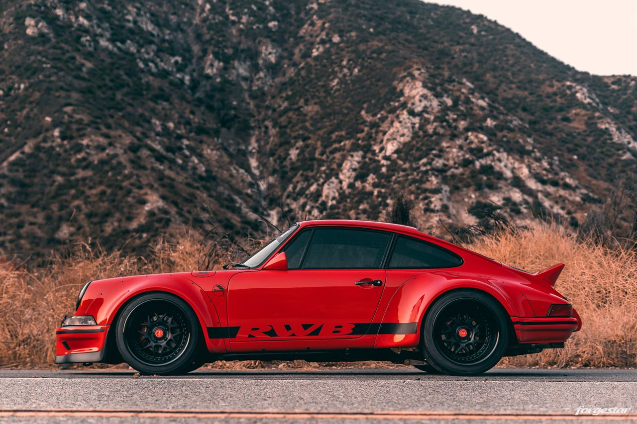 Porsche 911 RWB Backdated... Le rouge et le noir ! 9
