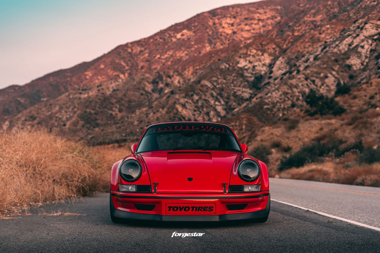 Porsche 911 RWB Backdated... Le rouge et le noir ! 7