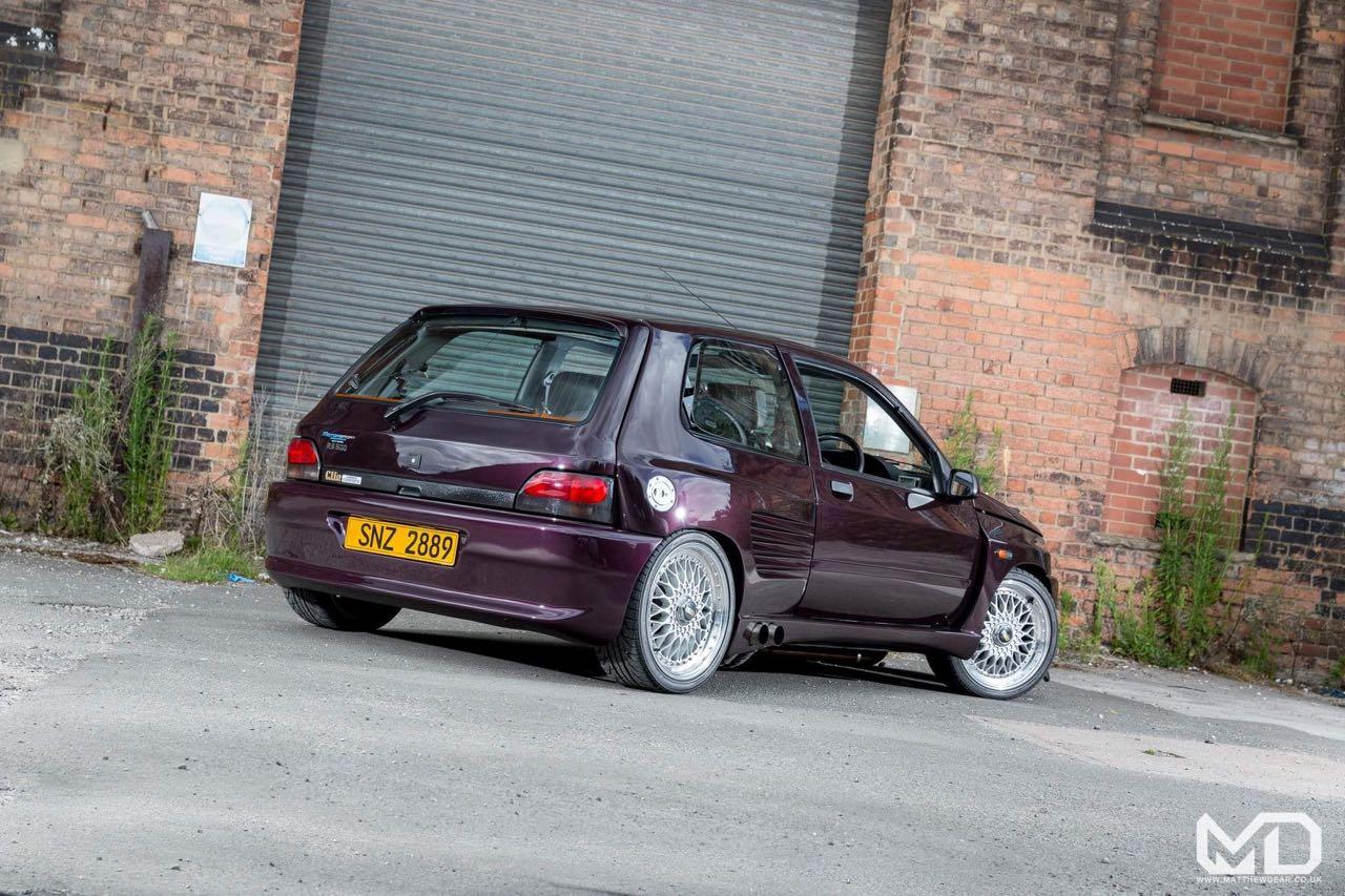 Renault Clio Cosworth... Sont fous ces anglais ! 5