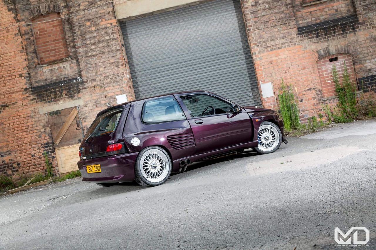 Renault Clio Cosworth... Sont fous ces anglais ! 1