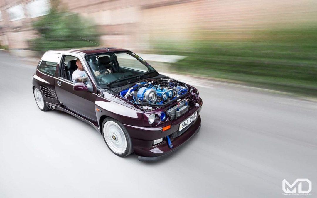 Renault Clio Cosworth… Sont fous ces anglais !