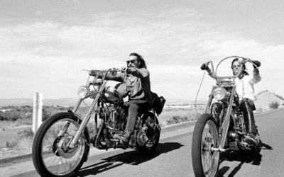 "A fond : ""Born to be wild"" – Steppenwolf"
