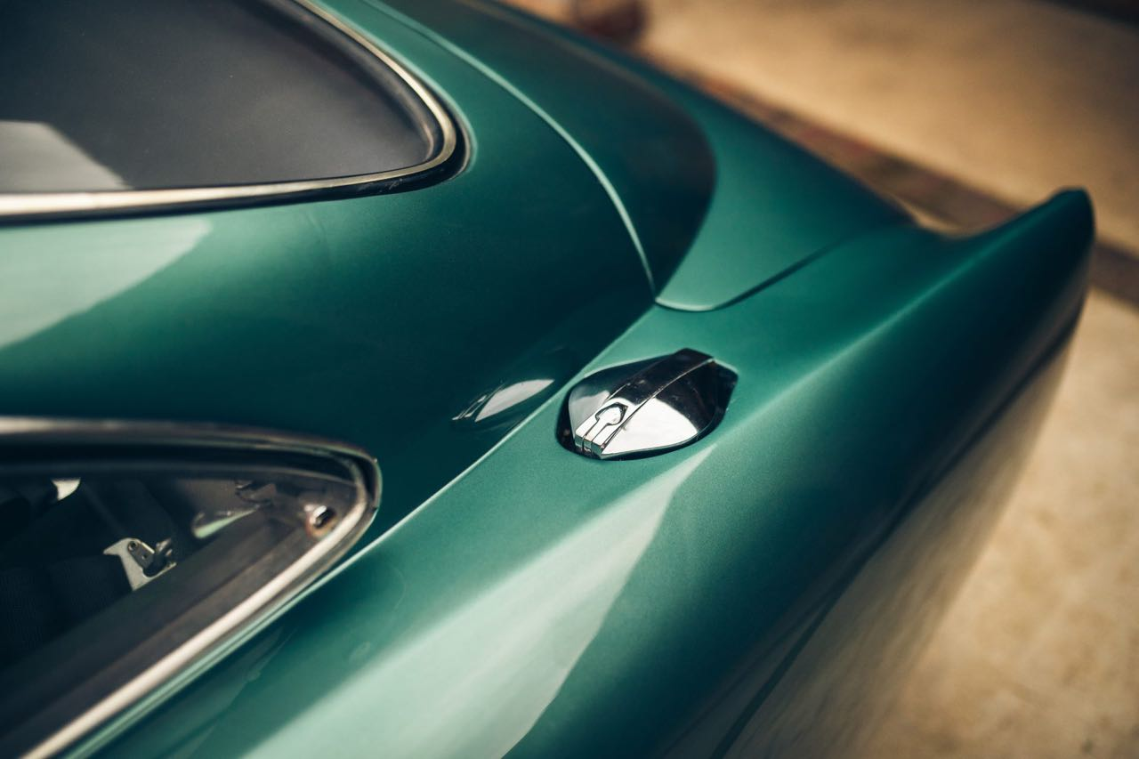'60 Aston Martin DB4 GT... Chic & Choc ! 13