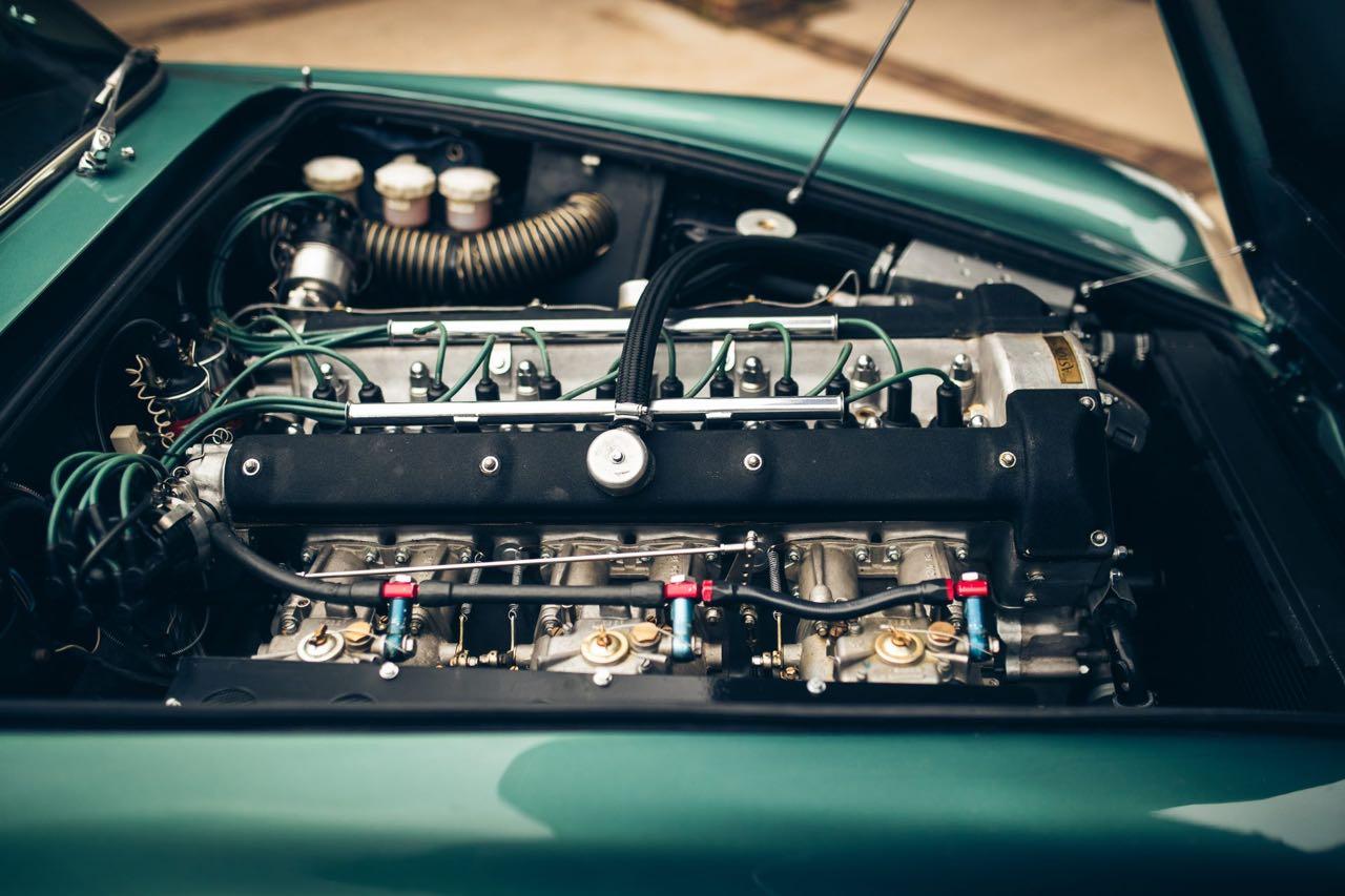 '60 Aston Martin DB4 GT... Chic & Choc ! 16