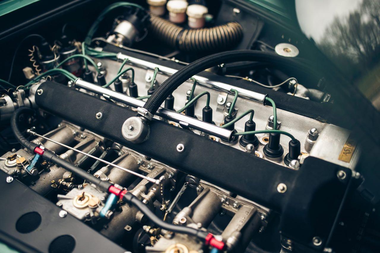 '60 Aston Martin DB4 GT... Chic & Choc ! 14