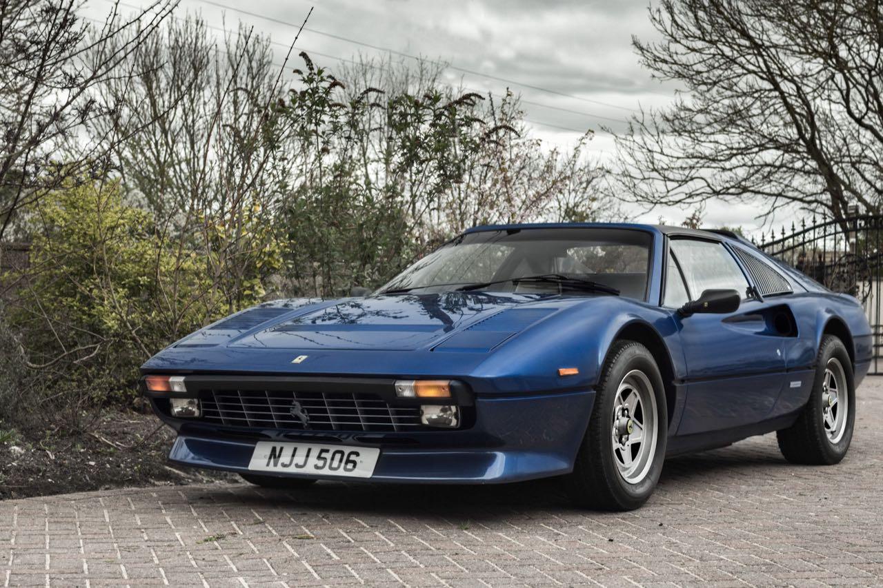 Ferrari 308 GTS... V12 : C'est r'parti ! 16