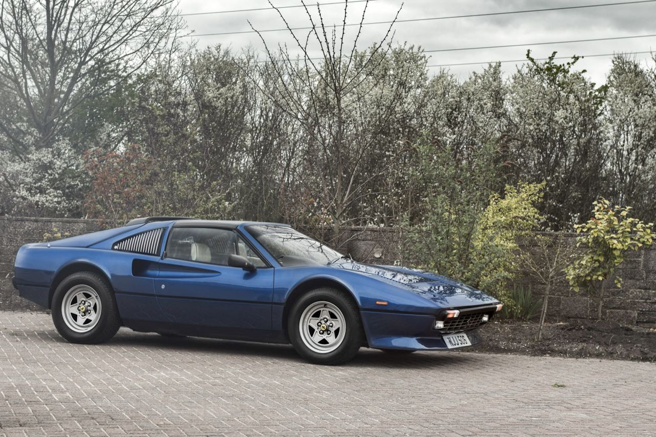 Ferrari 308 GTS... V12 : C'est r'parti ! 19