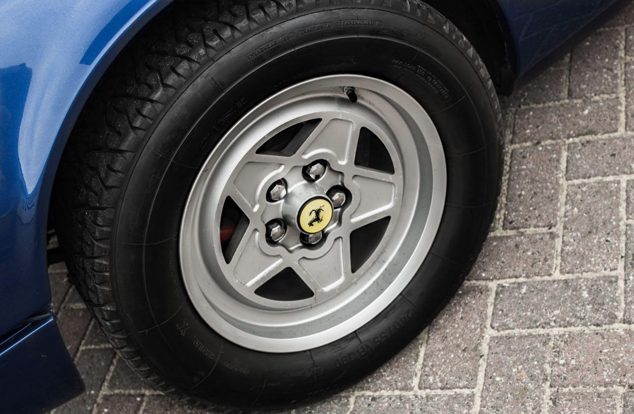 Ferrari 308 GTS... V12 : C'est r'parti ! 8