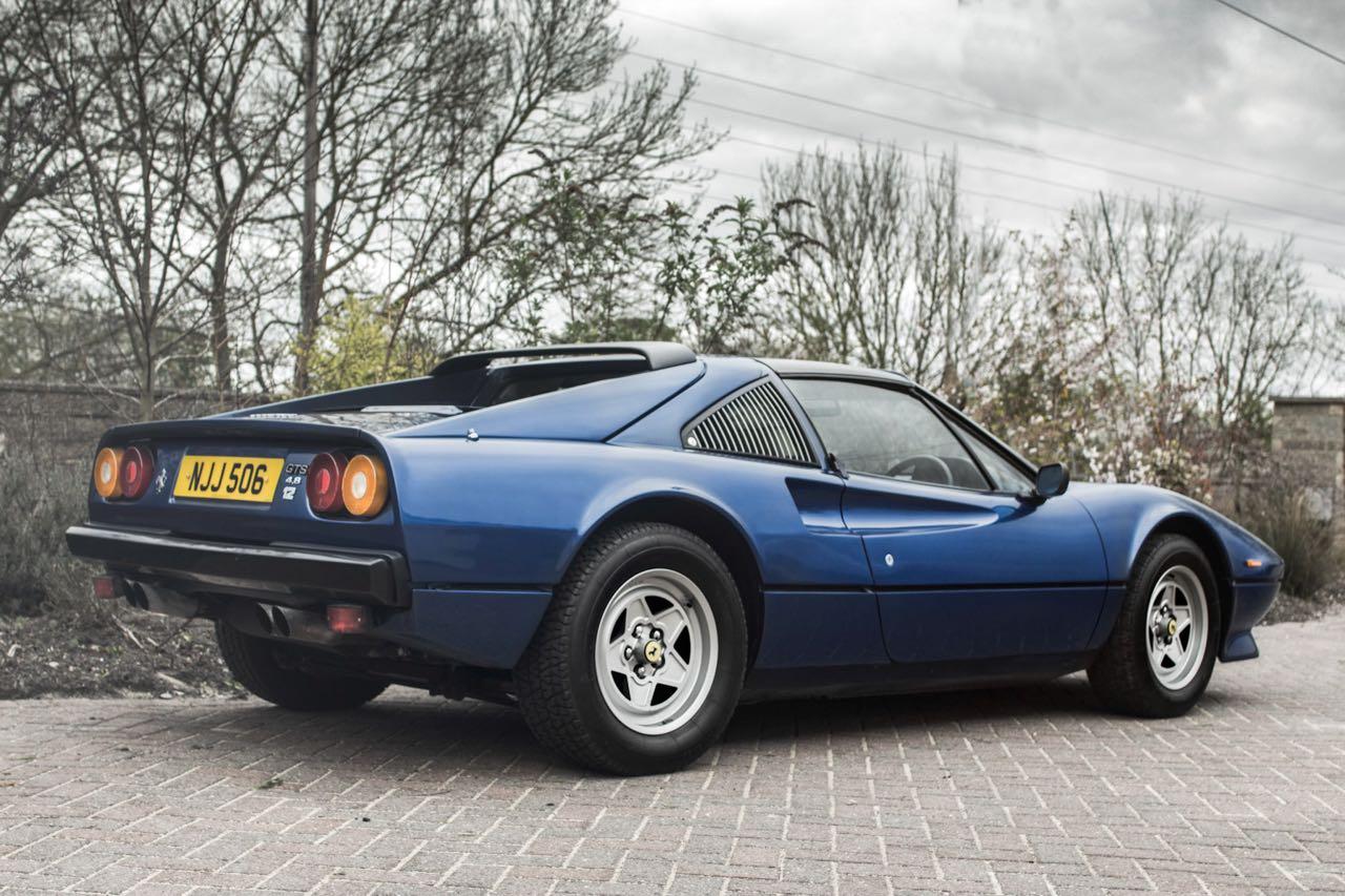 Ferrari 308 GTS... V12 : C'est r'parti ! 10