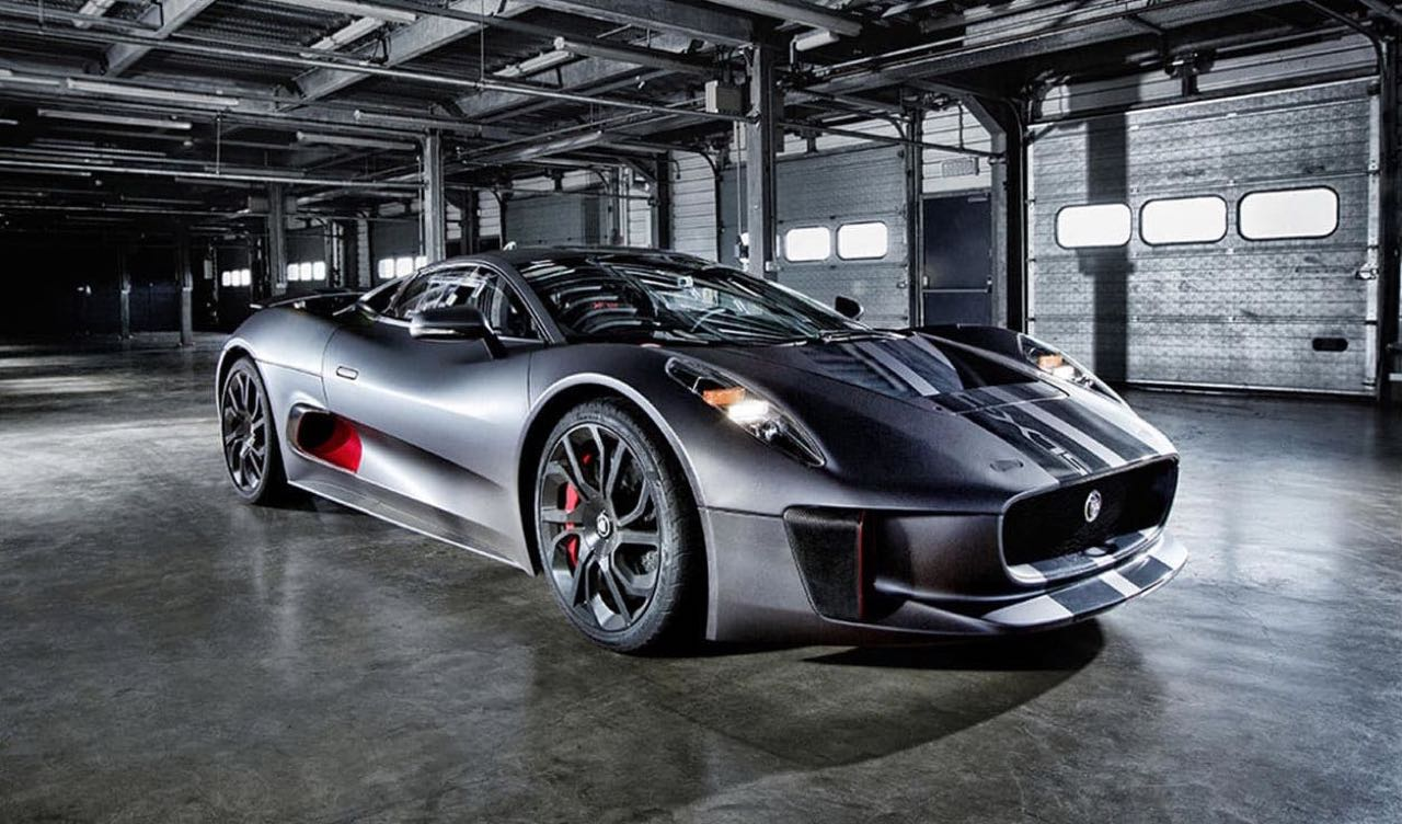 Jaguar C-X75... Star de ciné ! 12