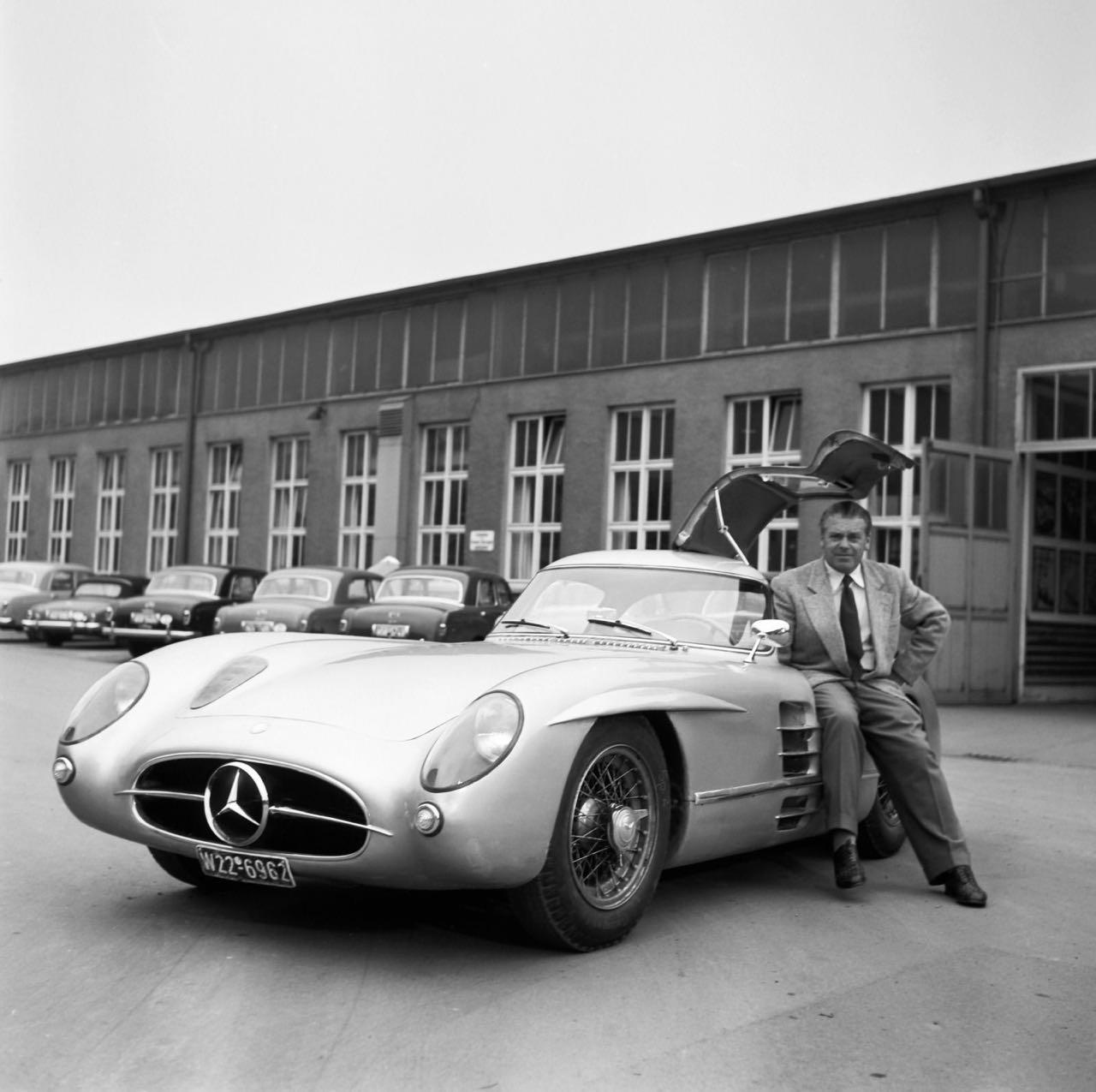 Mercedes 300 SLR... Un R qui change tout ! 6