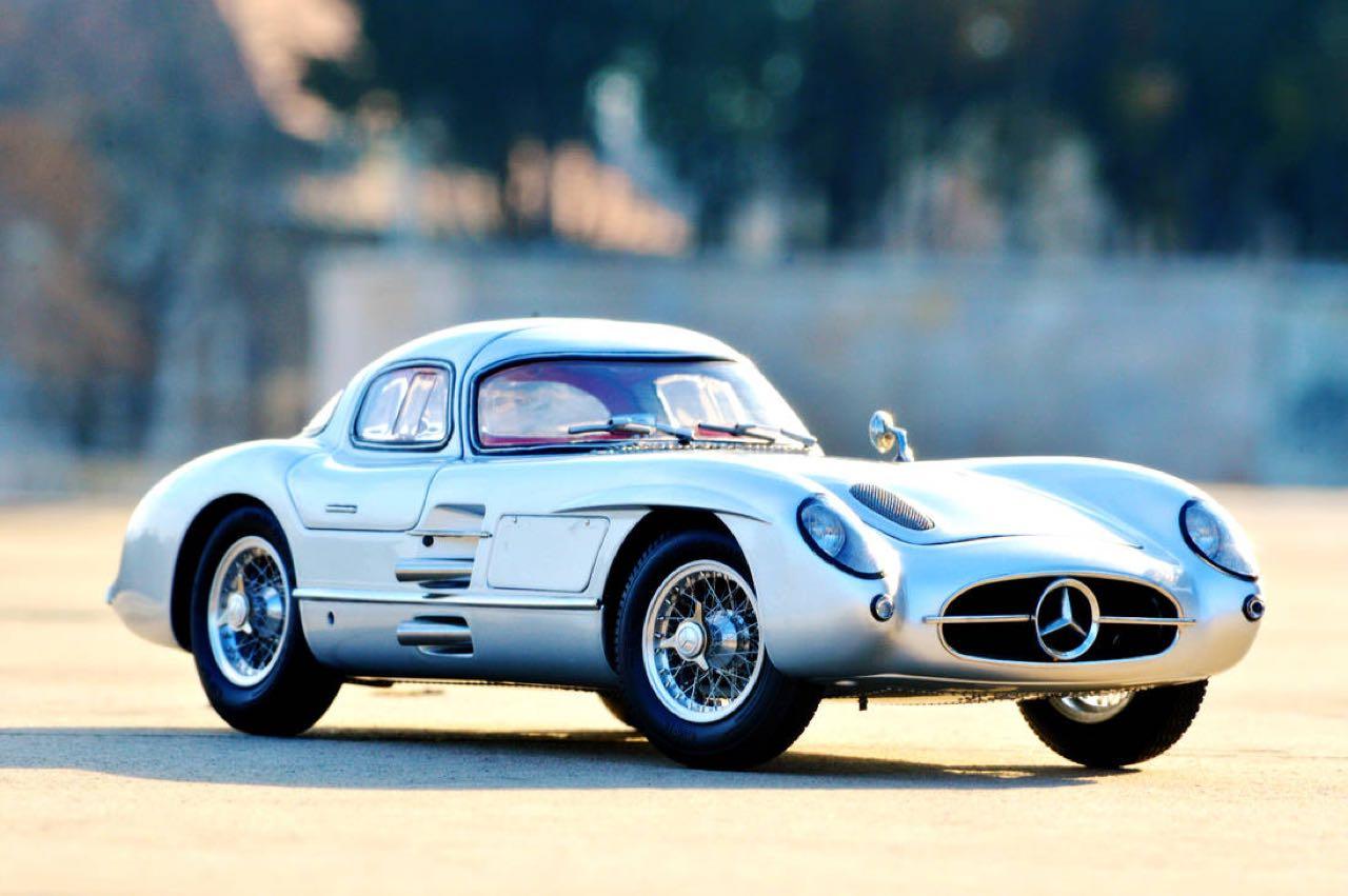 Mercedes 300 SLR... Un R qui change tout ! 41