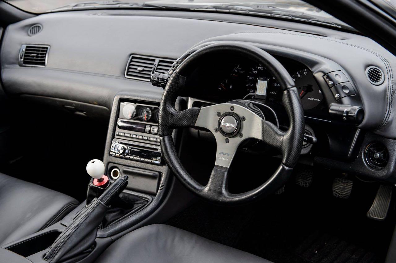 Nissan Skyline R32 GTR par Garage Active.... Full carbone ! 5