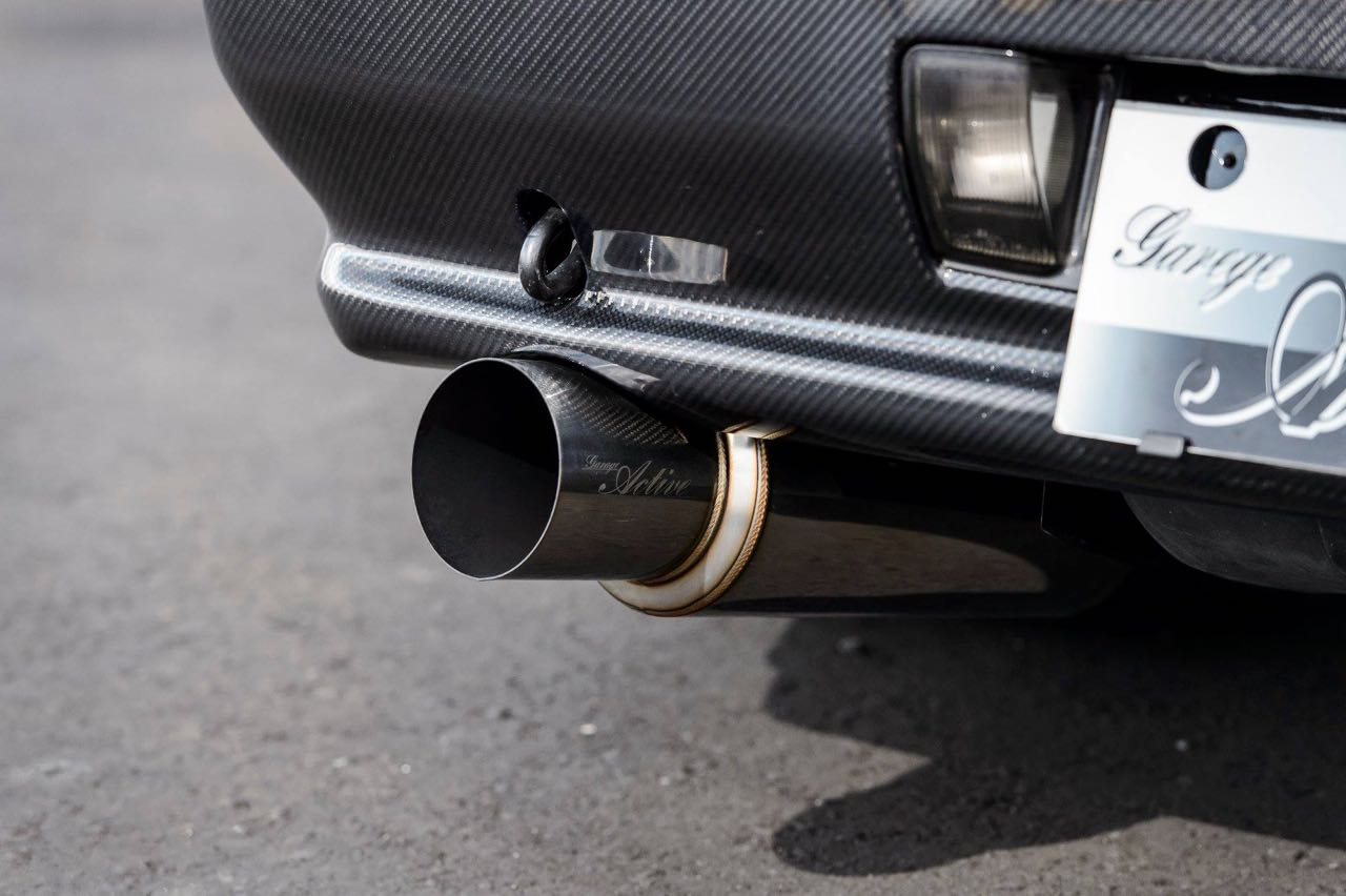 Nissan Skyline R32 GTR par Garage Active.... Full carbone ! 8
