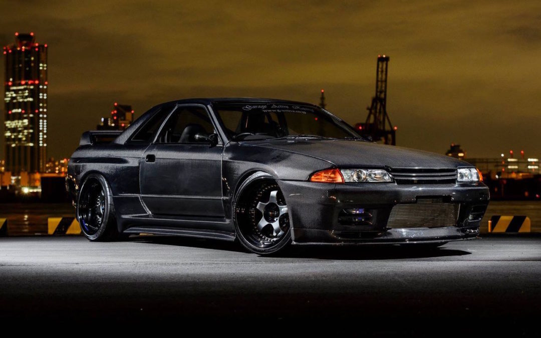 Nissan Skyline R32 GTR par Garage Active…. Full carbone !