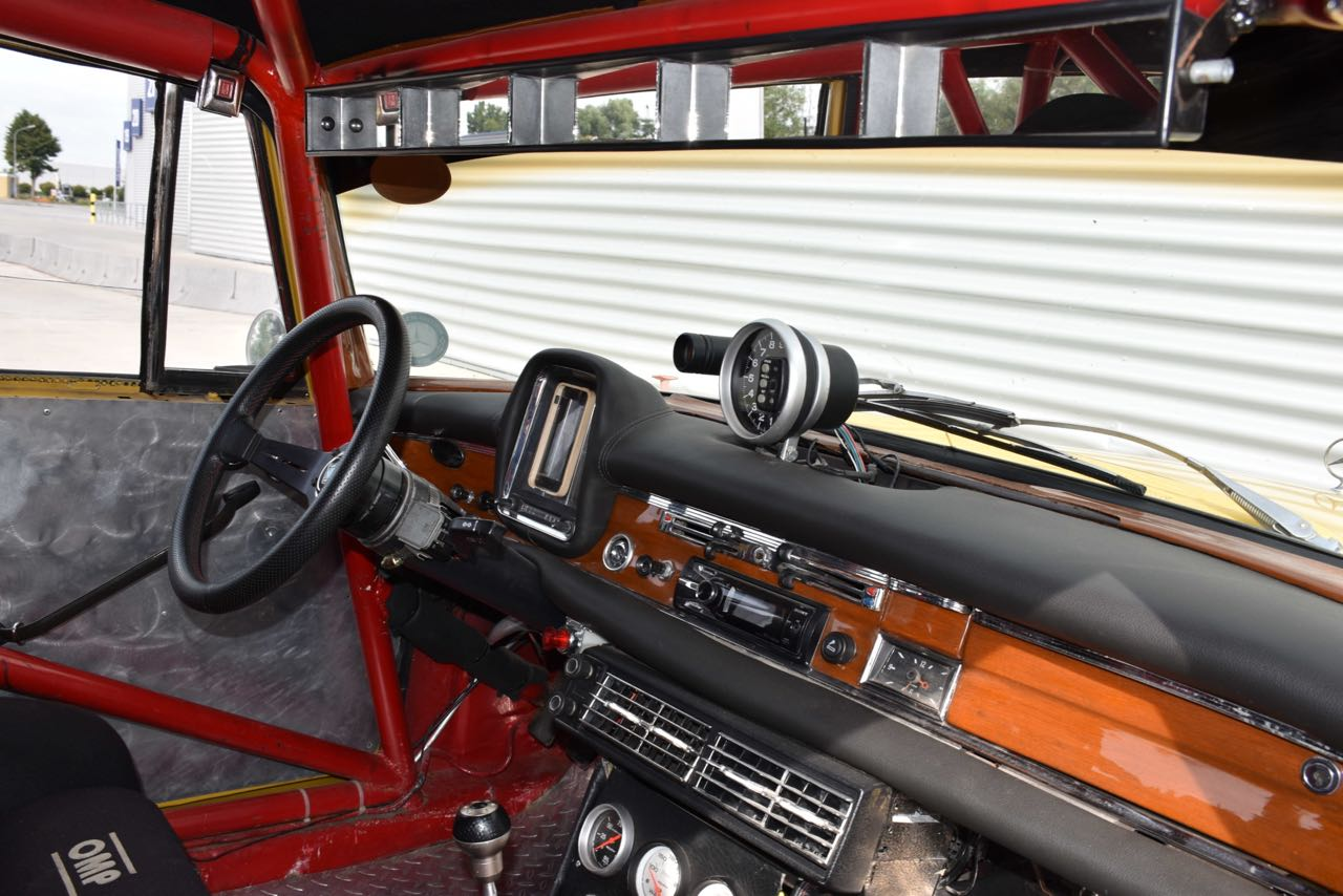 '65 Mercedes 220S - Heckflosse sud-américaine ! 30