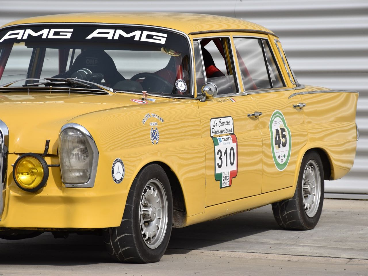 '65 Mercedes 220S - Heckflosse sud-américaine ! 29