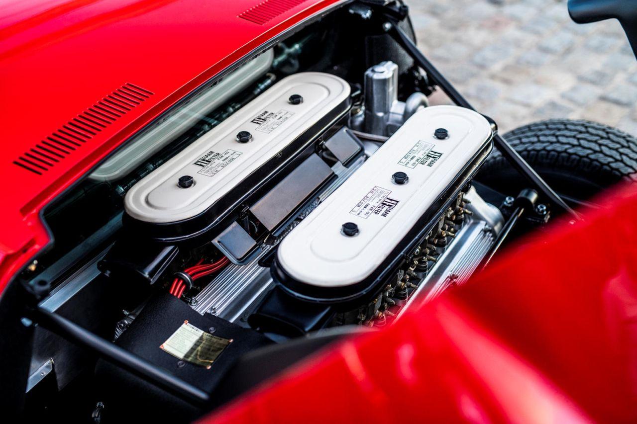 La Lamborghini Miura SV de Jean Todt - Sous la Tour Eiffel ! 3