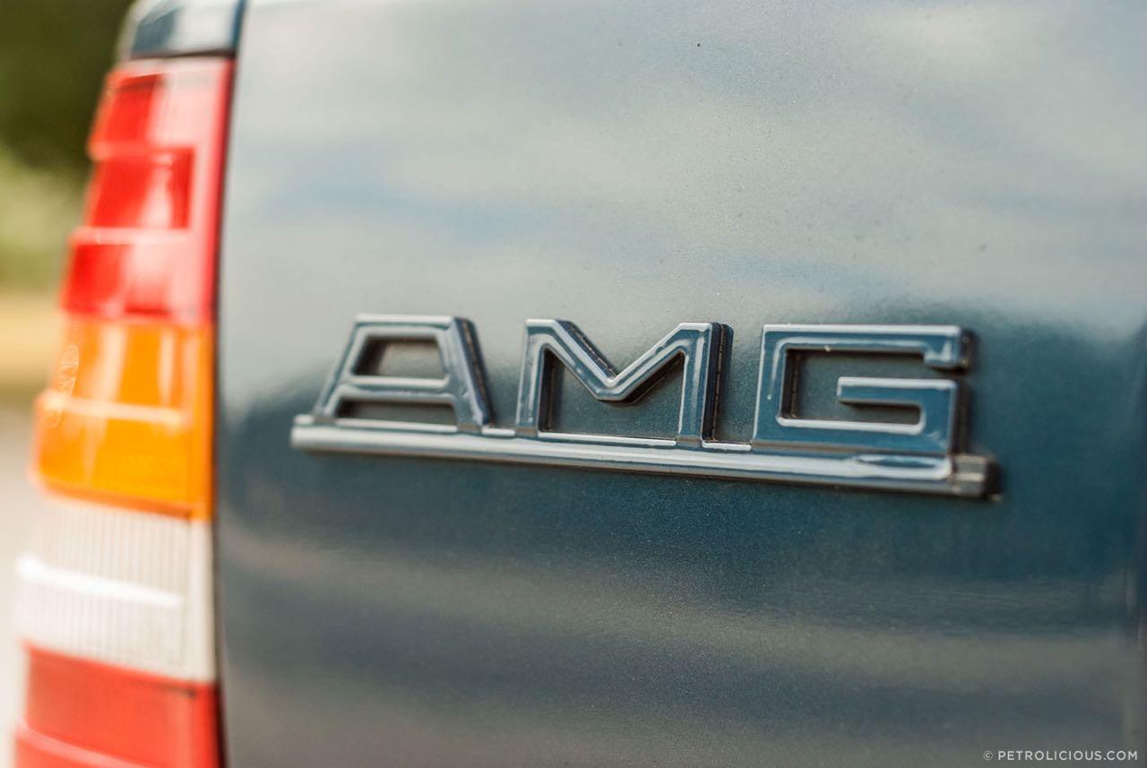 Mercedes W124 break AMG Hammer... Avec les bagages ! 1