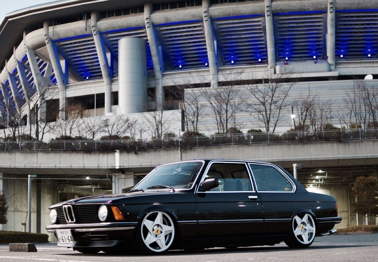 BMW 318i E21... Duo made in Japan ! 10