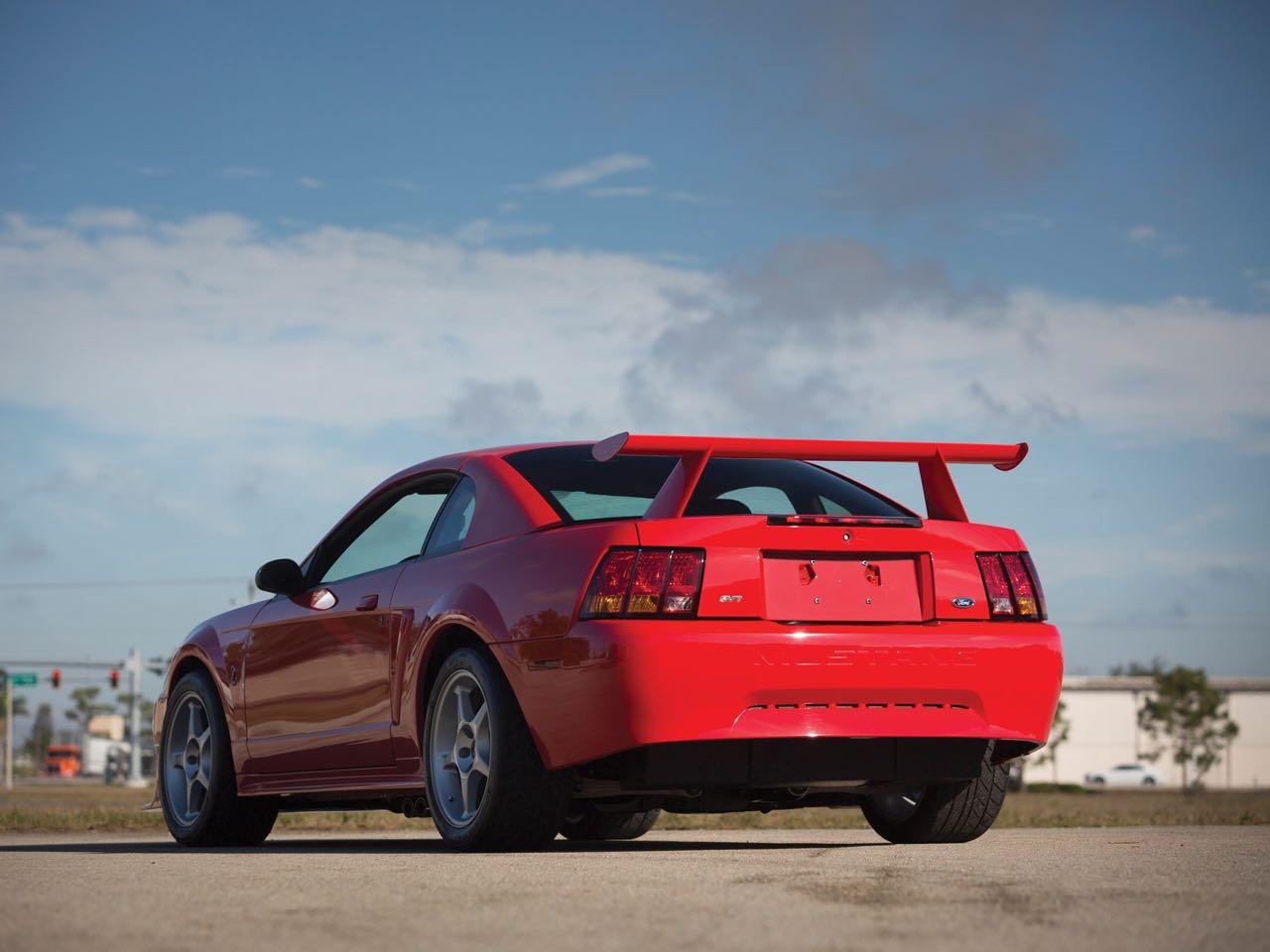 Ford Mustang SVT Cobra R... Ringarde ? 11