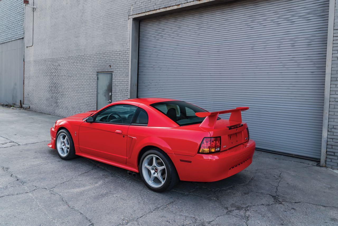 Ford Mustang SVT Cobra R... Ringarde ? 6