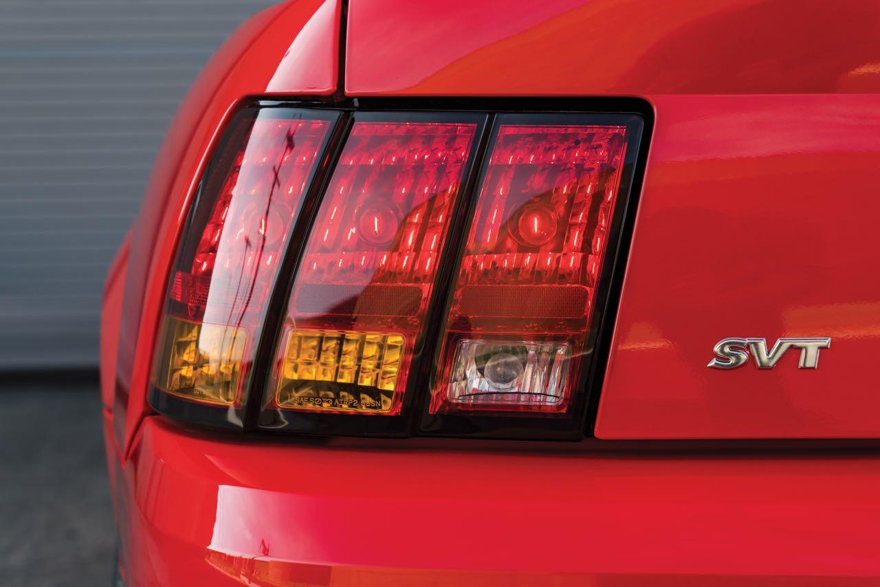 Ford Mustang SVT Cobra R... Ringarde ? 7