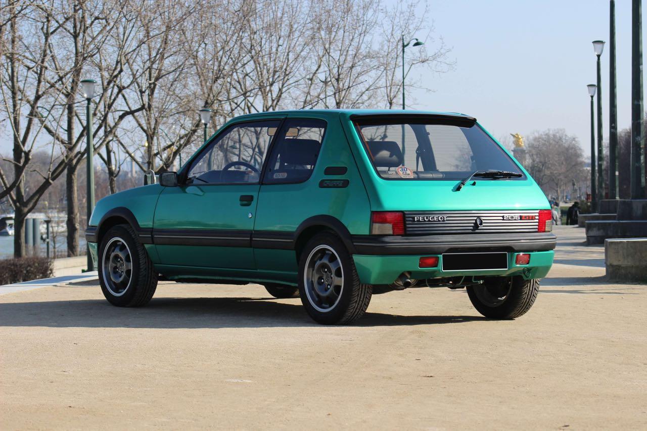 Peugeot 205 Griffe... Quand Todt voit vert ! 2