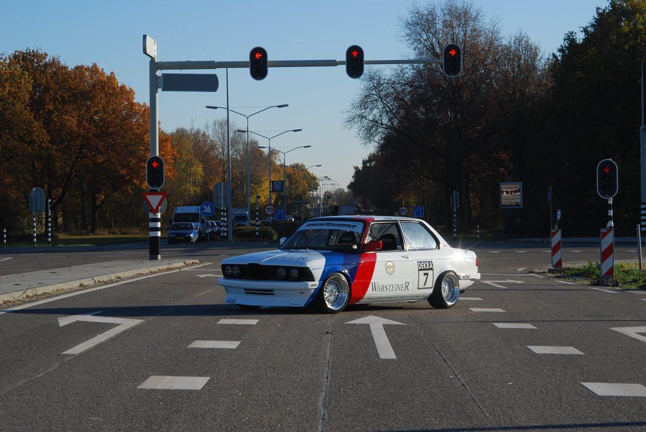 BMW 327i E21... Street car radicale par Dreamworks Cartuning ! 6