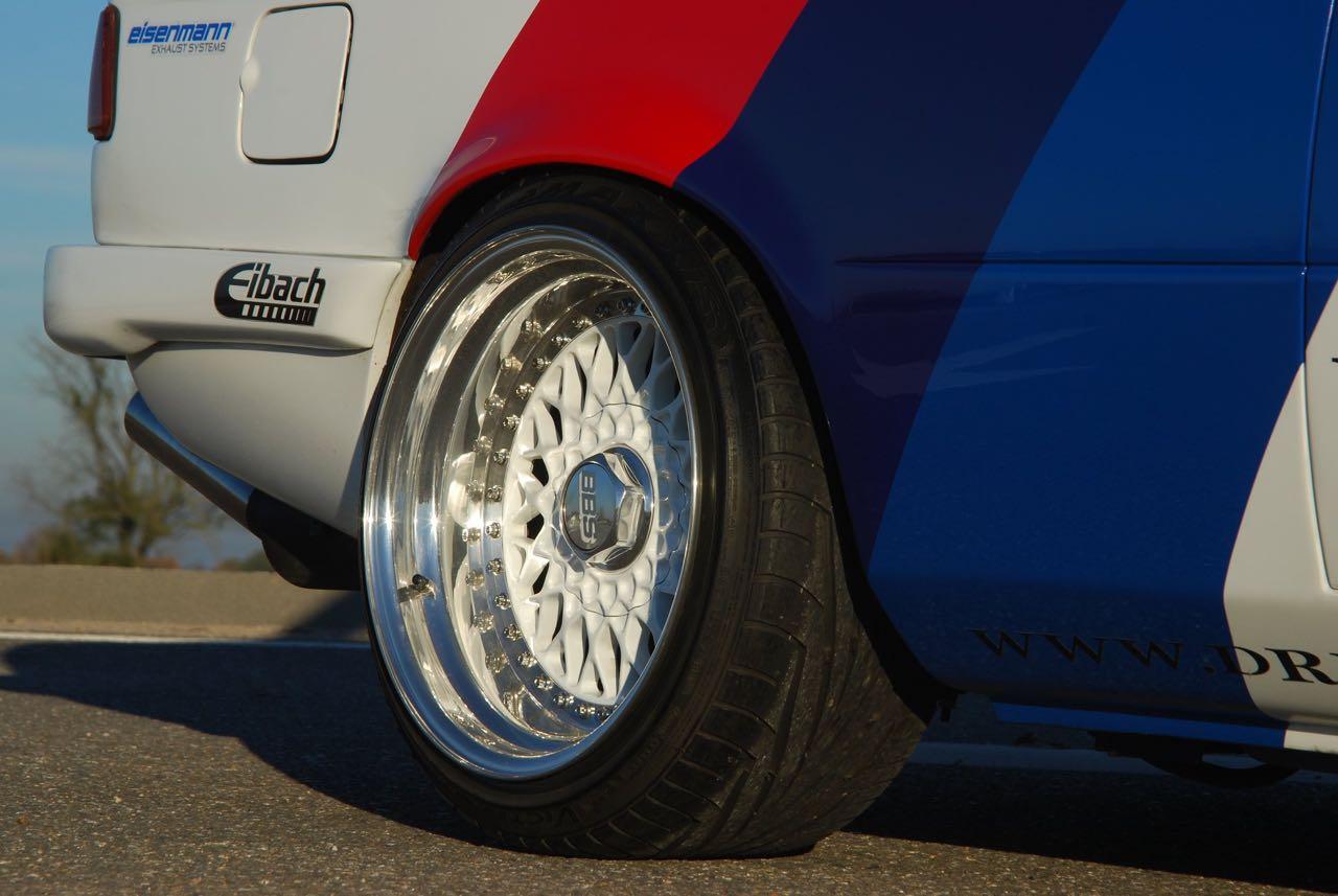 BMW 327i E21... Street car radicale par Dreamworks Cartuning ! 2