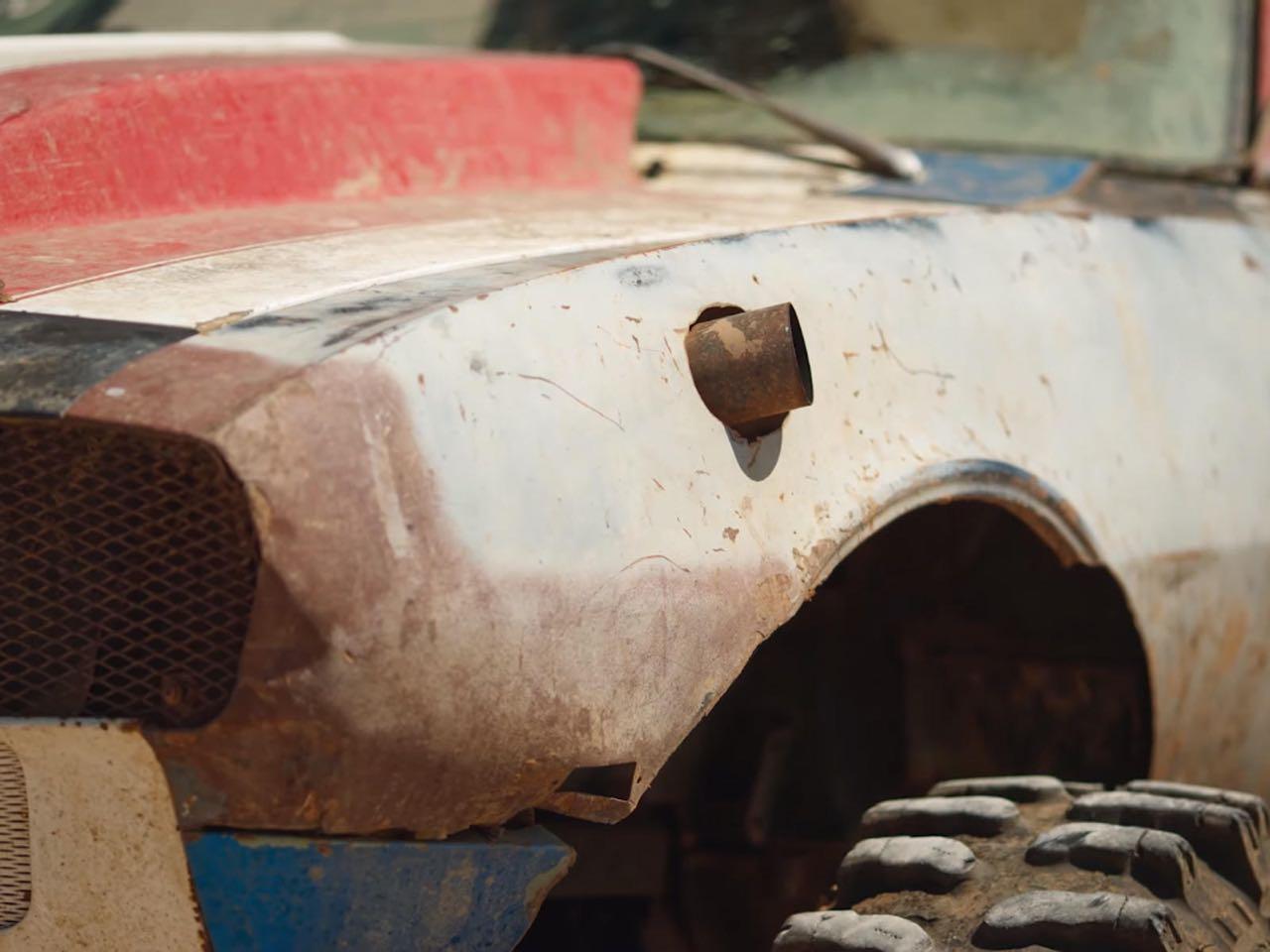 The Mudmaro : La fusion d'un Hummer H1 et d'une Camaro ! 9