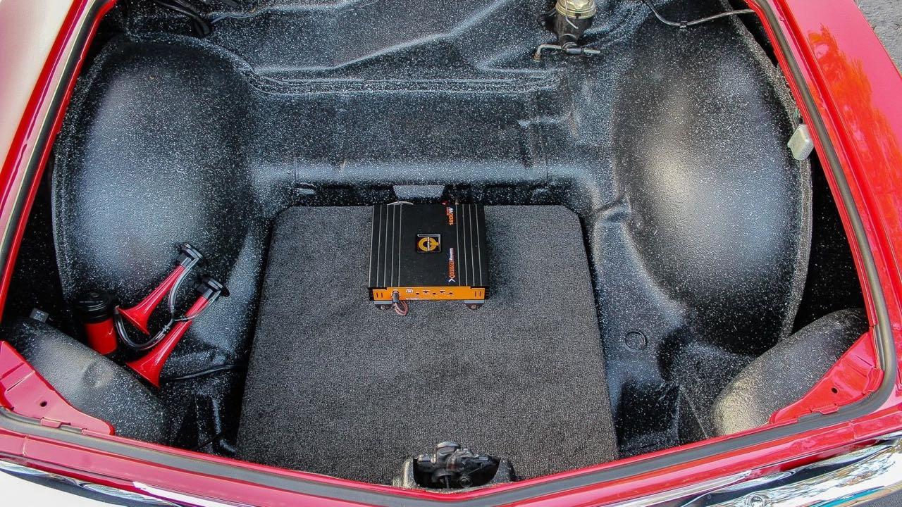 '65 Chevrolet Corvair Monza - Sobre, c'est bien aussi... 5