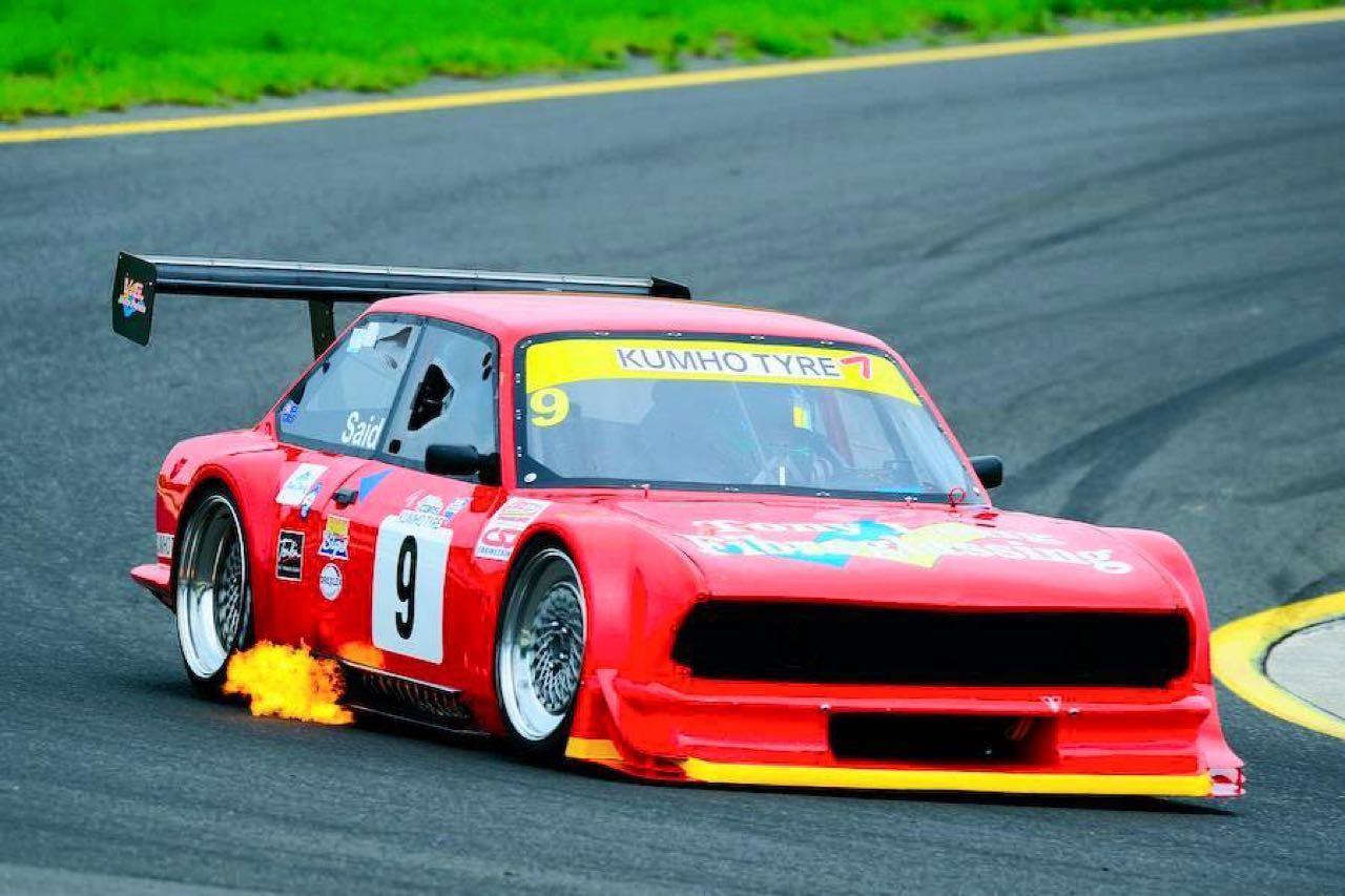 Fiat 124 en 20B vs V8 Supercars : Fight ! 2