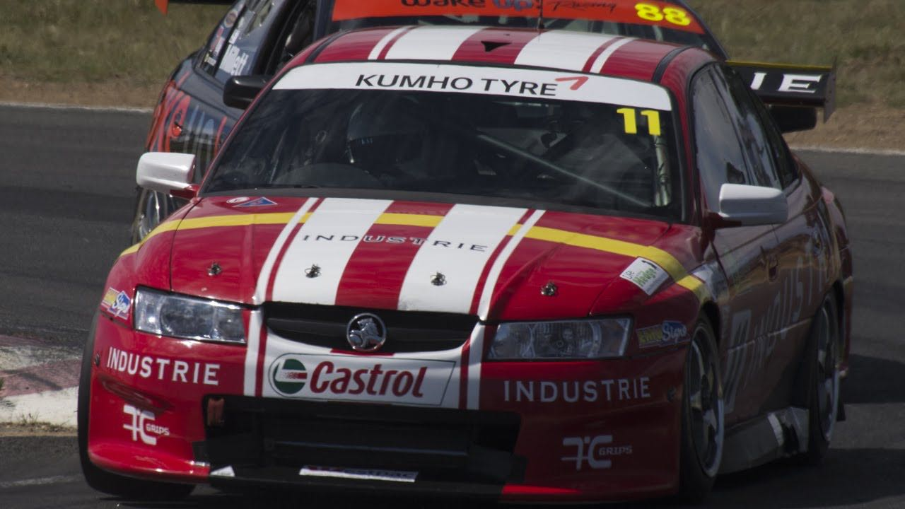 Fiat 124 en 20B vs V8 Supercars : Fight ! 4