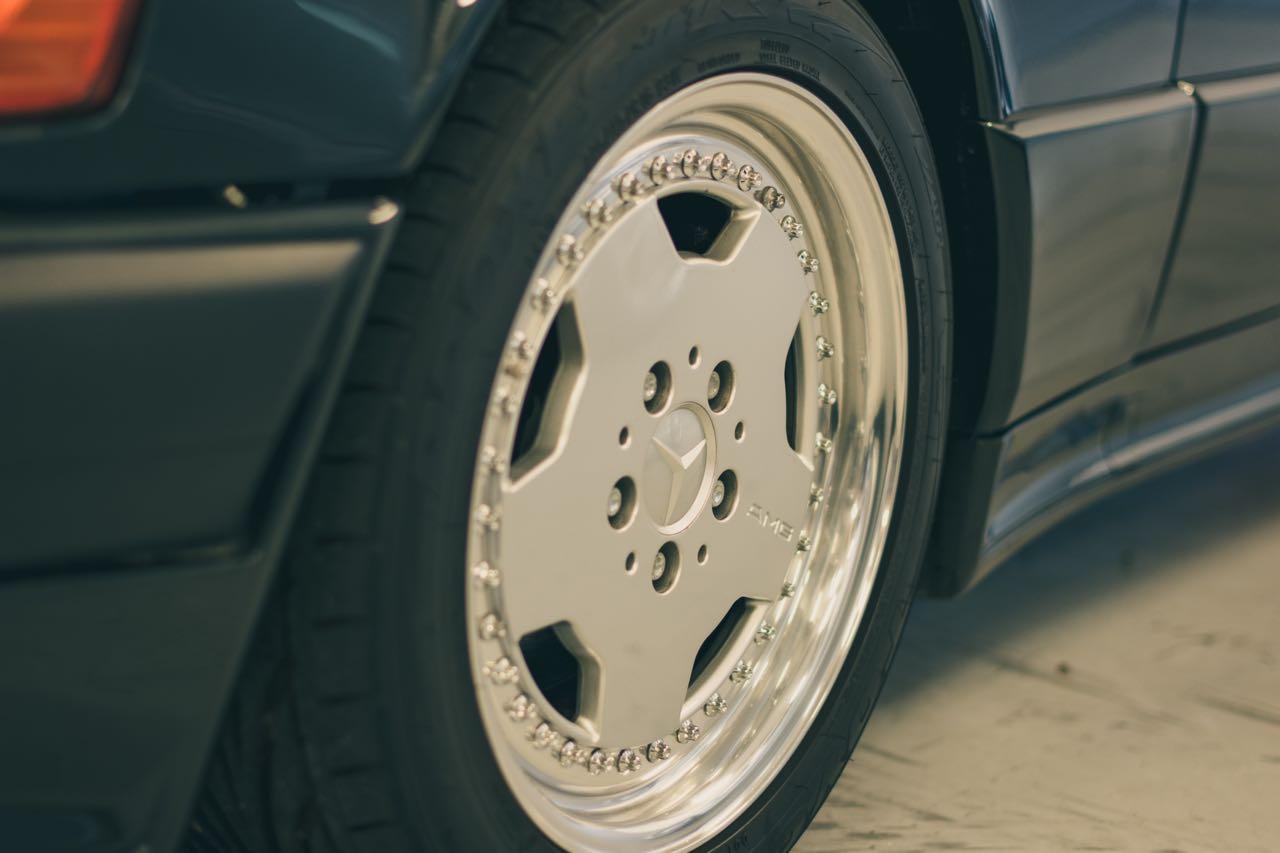 Mercedes 190 E 3.2 AMG... Baby Hammer ! 6