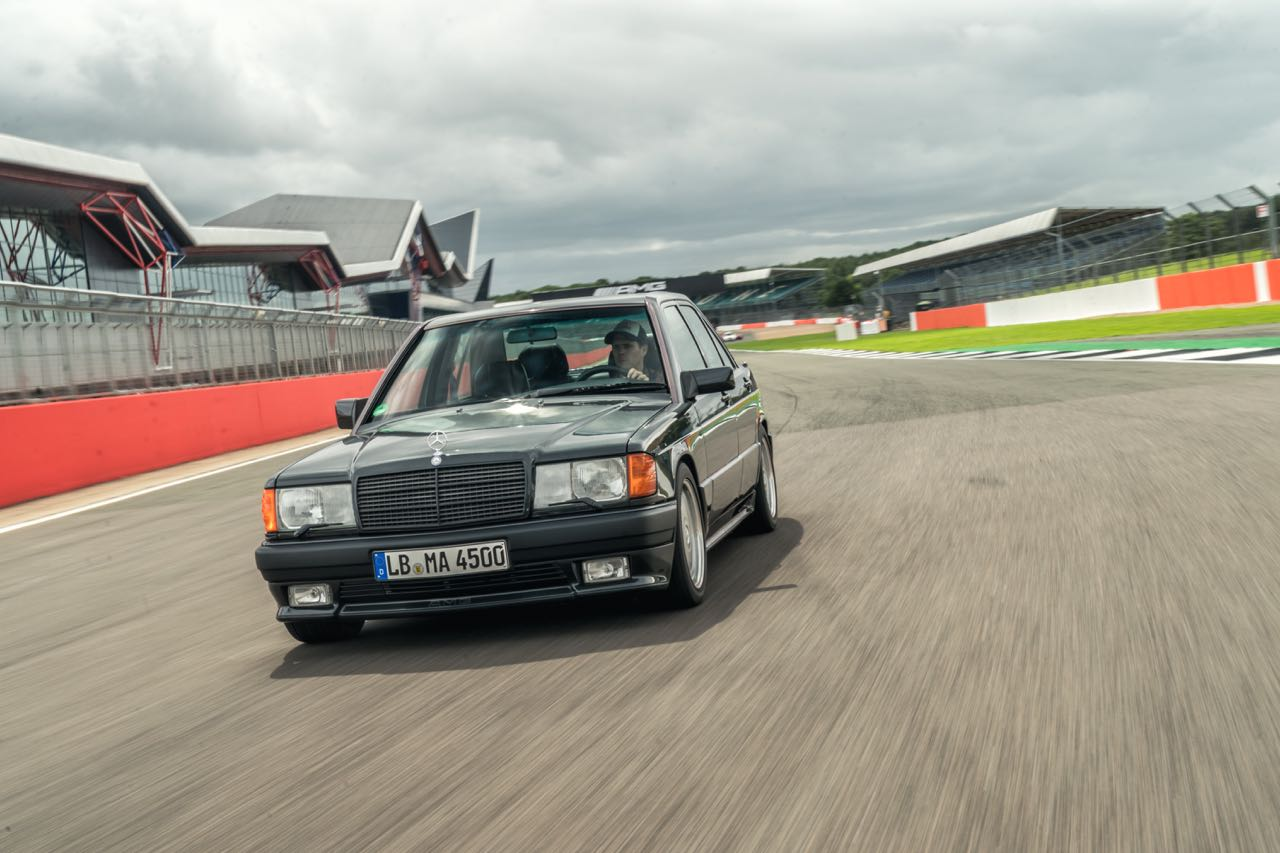 Mercedes 190 E 3.2 AMG... Baby Hammer ! 3