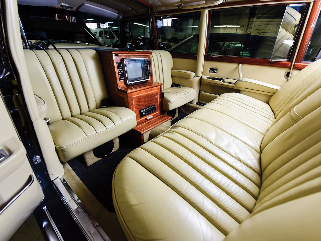 Mercedes 600 Pullman & Limousine... Immortelle et intemporelle ! 5