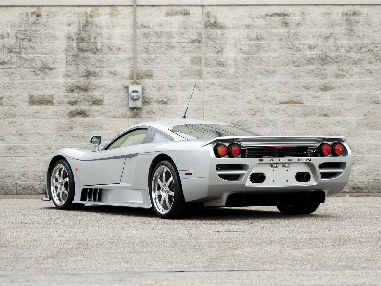 Saleen S7 Atmo ou Twin Turbo... Sans compromis ! 3