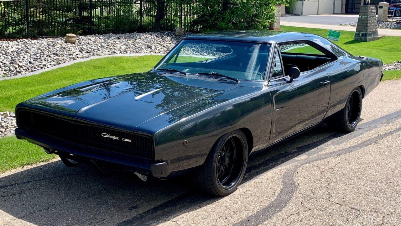 Dodge Charger 1968 - Full dark et pneus cramés ! 6