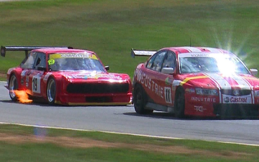 Fiat 124 en 20B vs V8 Supercars : Fight !