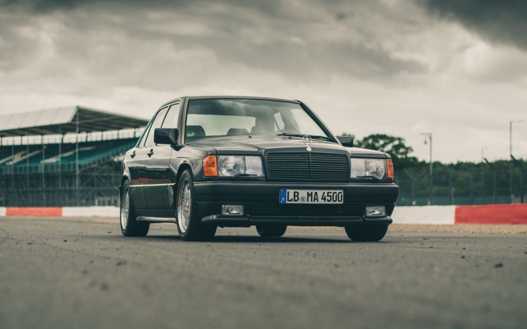 Mercedes 190 E 3.2 AMG… Baby Hammer !