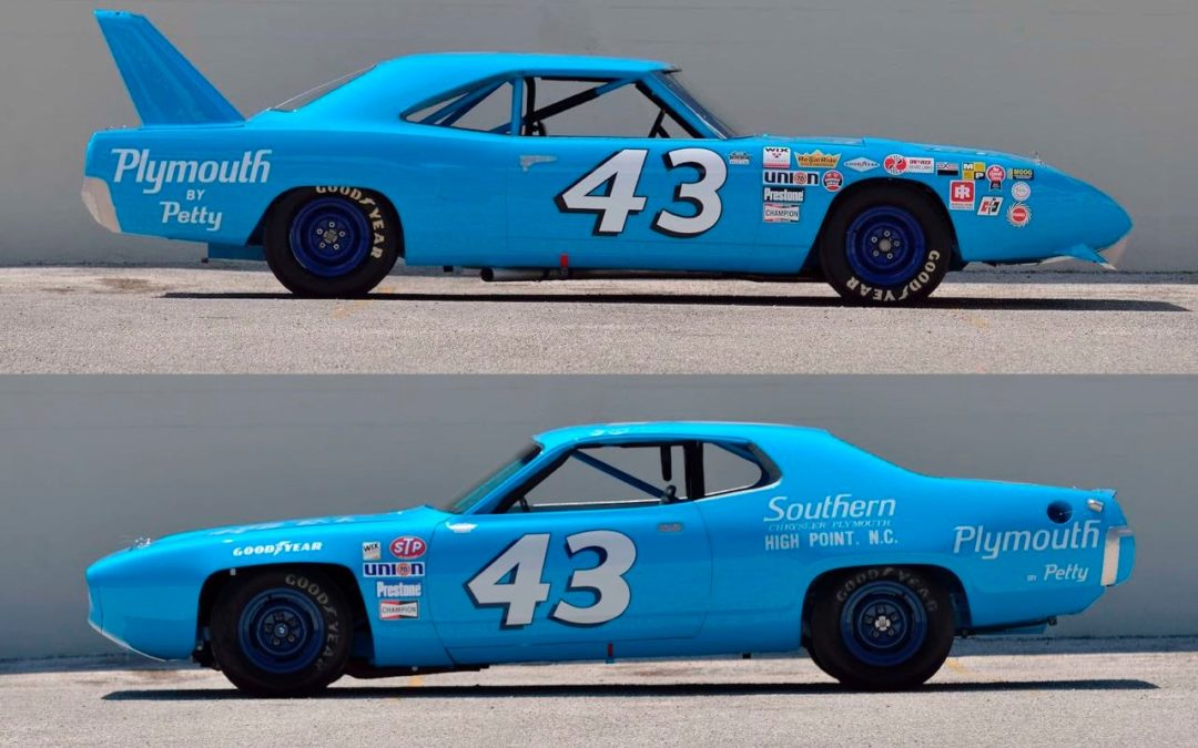 Richard Petty : Plymouth Superbird & Road Runner – La légende du NASCAR…