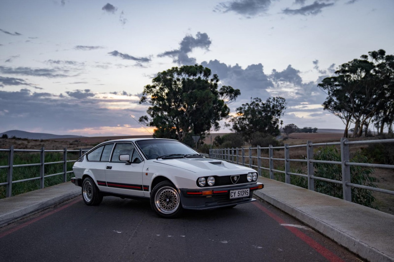 Alfa Romeo GTV6 3.0 l - Made in South Africa ! 6