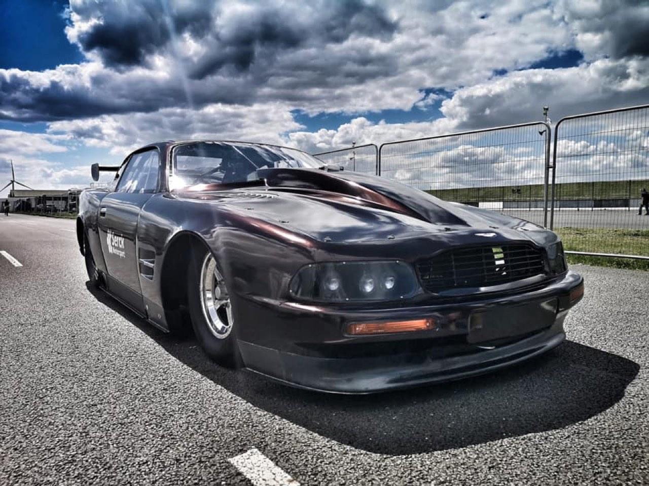 Aston Martin Virage V8... De quoi rendre une Valkyrie jalouse ! 9