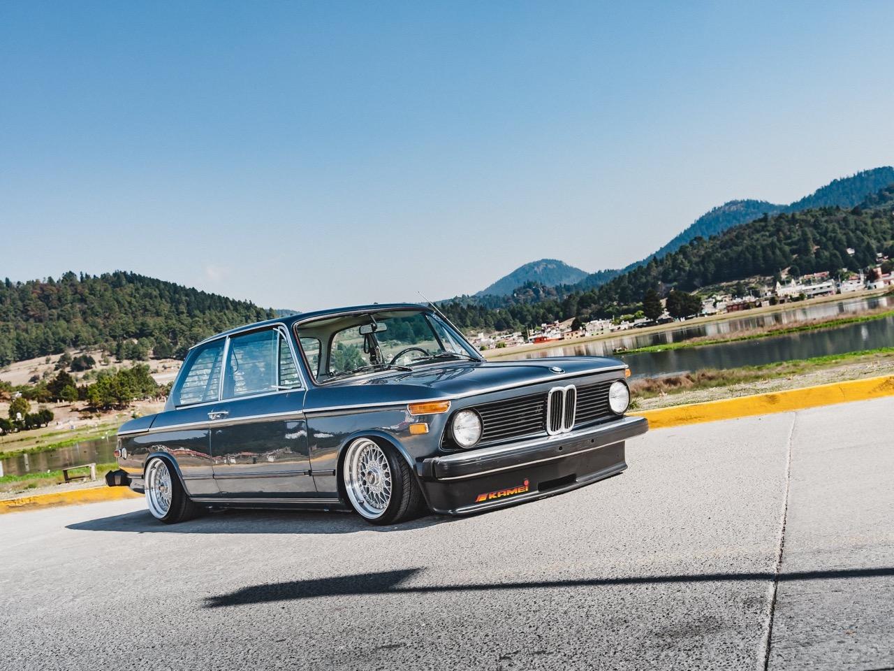 '74 BMW 2002... J'crois que je suis amoureux ! 1