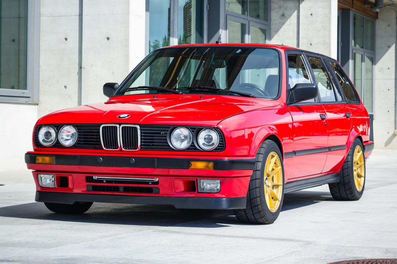 '89 BMW E30 Touring 325i Turbo... Rouge comme l'enfer ! 15