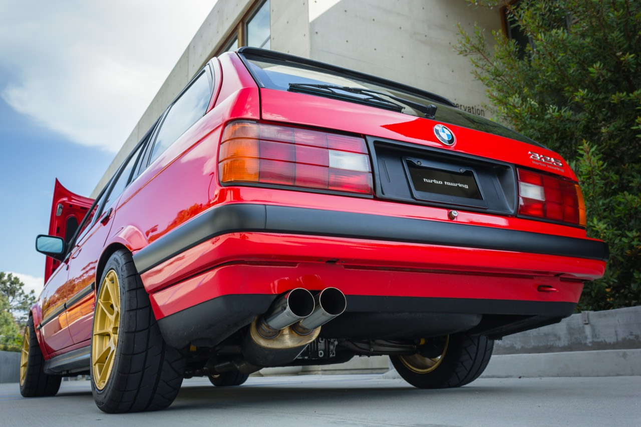 '89 BMW E30 Touring 325i Turbo... Rouge comme l'enfer ! 16