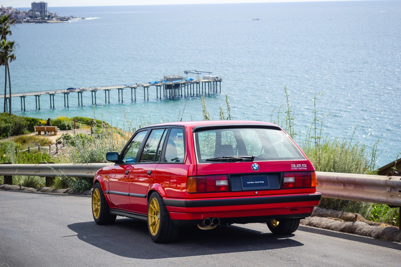 '89 BMW E30 Touring 325i Turbo... Rouge comme l'enfer ! 5